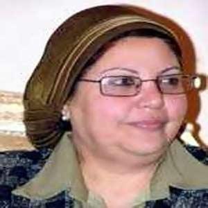 عائشة عبدالهادي وزيرة القوي العاملة المصرية