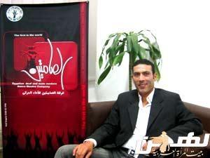 رضا عبد العزيز مؤسس الفرقة