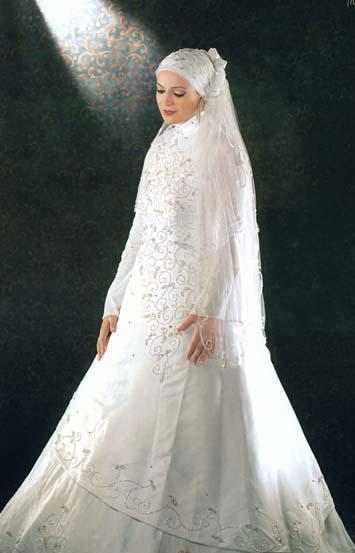 ebe5e1bc7 ويقدم لكِ مصممو الأزياء بعض النصائح التى يجب أن تراعي قبل شراء فستان الزفاف  وذلك بهدف مظهر جميل يخفي عيوب الجسم باختيار الفستان المناسب