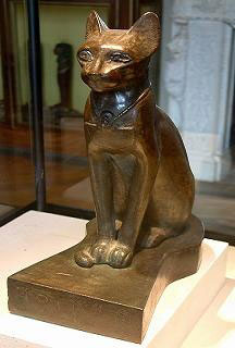 تمثال قط فرعوني