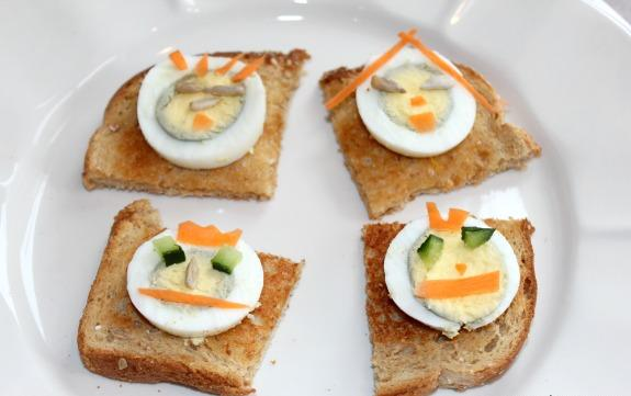 2013 boiled-egg-snack.jpg